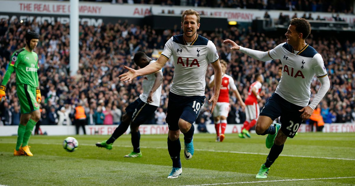 Tottenham striker Harry Kane celebrates against Arsenal