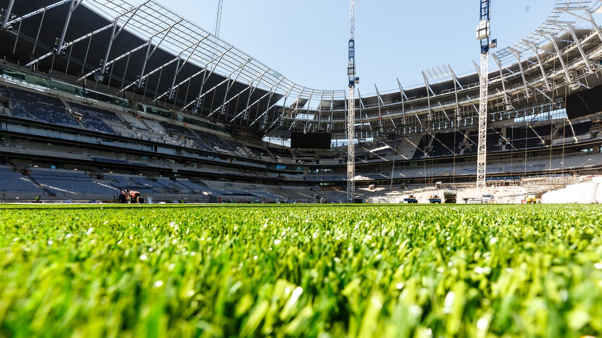 Tottenham new stadium pitch