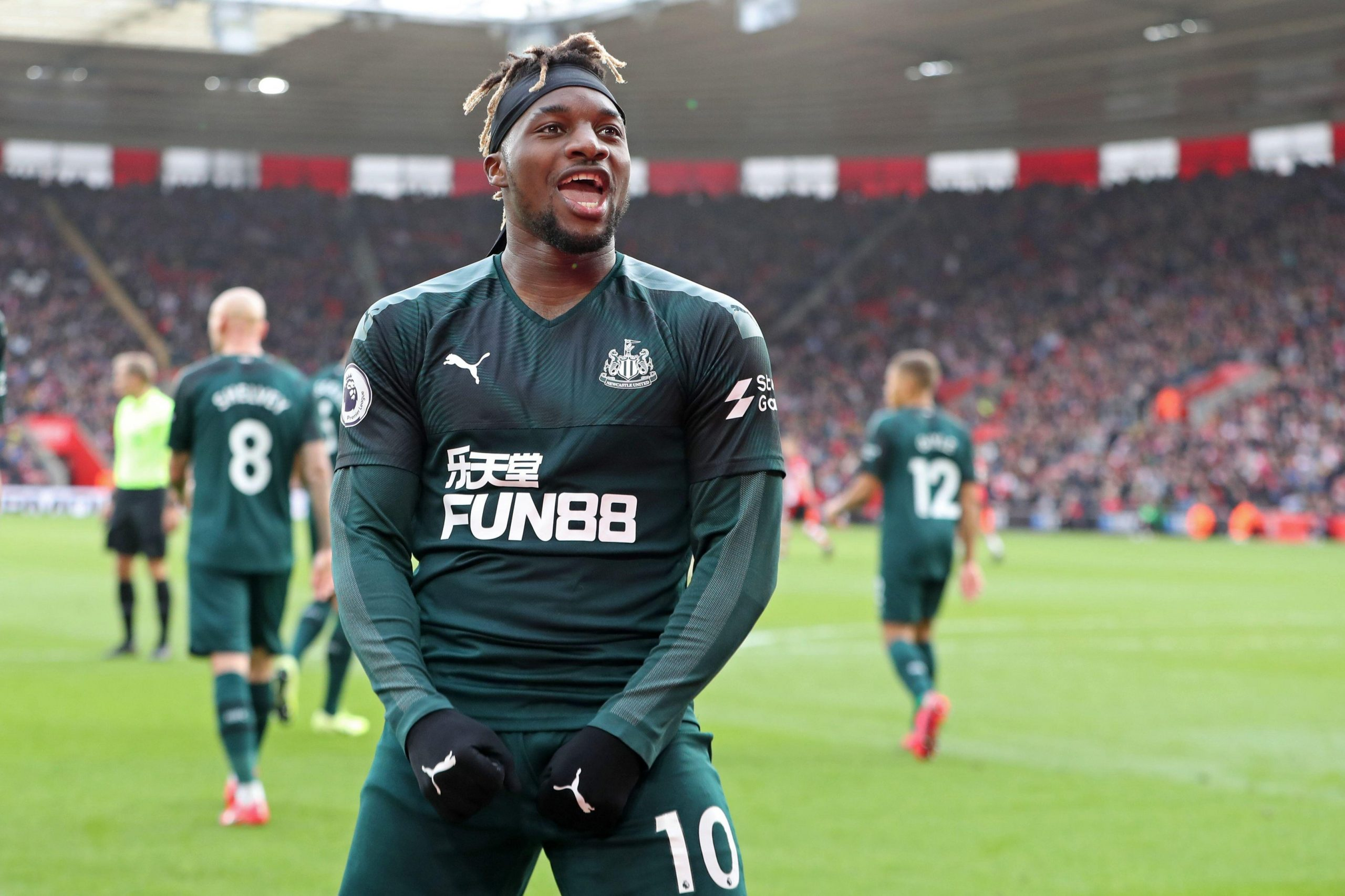 Saint-Maximin is wanted by PSG as well