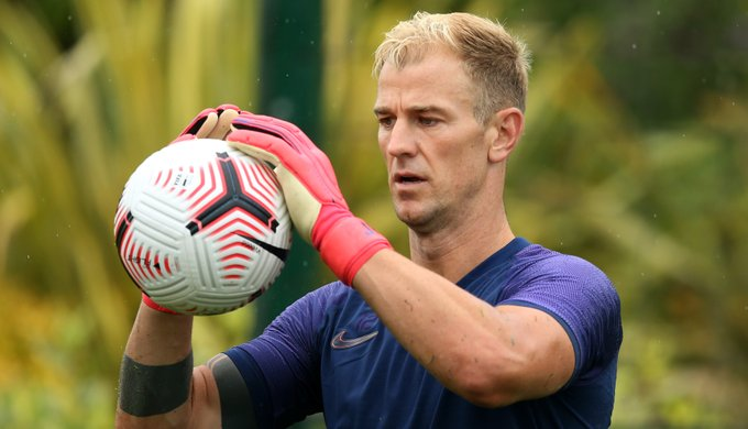 Joe Hart could replace Hugo Lloris in the starting lineup as Tottenham Hotspur take on Arsenal in the North London Derby this weekend.