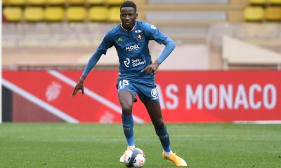 Sarr close to joining Spurs